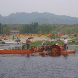 小河道用割草船