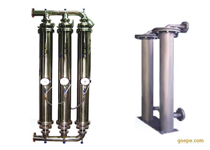 75-37kw   显示内容:频率,电压,电流,设定压力,出口压力,水泵状态,故