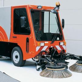德国哈高 CM1800TDI大型环卫扫街车