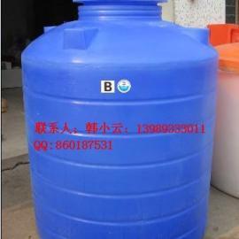优质的供应1吨,2吨水箱,提供滚塑加工