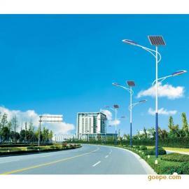 江苏扬州30W太阳能路灯厂家