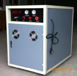 无油无水空压机