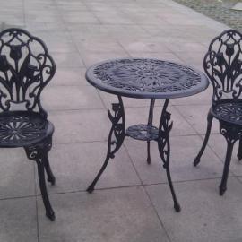 铸铝休闲桌椅