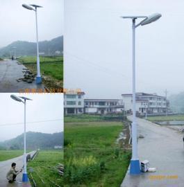 太阳能控制器 风力发电机  聚诚太阳能风光互补路灯云南路灯