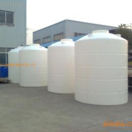 耐冲击8吨塑料桶