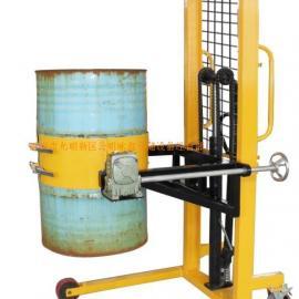 油桶�b卸� 深圳油桶倒料�