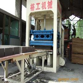 平陆新型液压砌块机质量可靠|免烧砖机技术参数