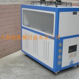 低温箱式冷水机