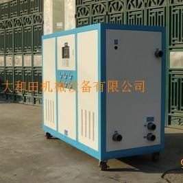 水箱式冷水机,风冷箱型冷水机