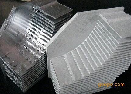 喷砂机-汽车配件除锈增加粗糙度处理