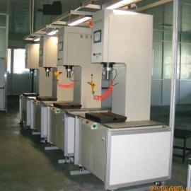 螺栓螺母压装机