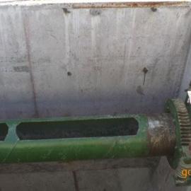 手轮式集油管