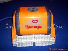 游泳池清洁设备郑州供应游泳池吸污机(图)