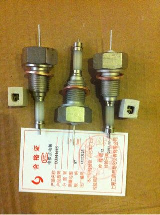 准备工作:仪表的输入端子采用36芯接线板,35,36号端子接电源.
