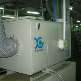 中��CNC油�F收集器