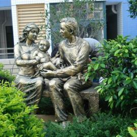 玻璃钢雕塑,快乐的三口之家雕塑,巨人美轮美奂
