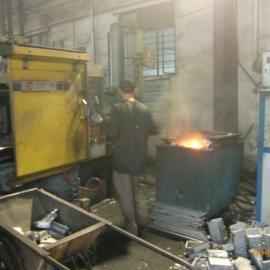 铝合金熔炉