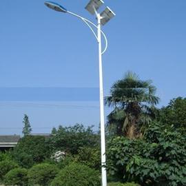 黑龙江最大的太阳能路灯生产厂家太阳能LED路灯报价
