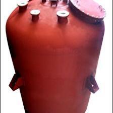 无锡宝成钢衬塑反应釜,中空滚塑特殊工艺成型,永不渗漏