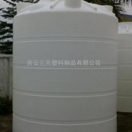 可以装5吨水的塑料桶