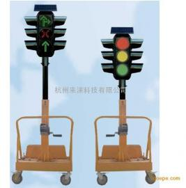 来涞300型太阳能升降式移动红绿灯(三型三单元)