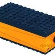 三层防震垫铁