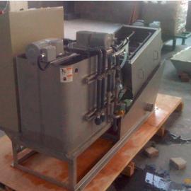 最新型螺旋式污泥脱水机(引进日本技术)