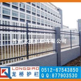 龙桥护栏专业生产/兴化镀锌管喷涂护栏/兴化静电喷塑护栏
