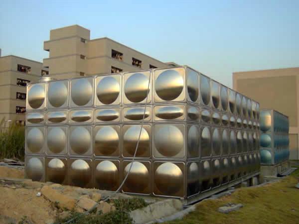 万宁不锈钢方形保温水箱