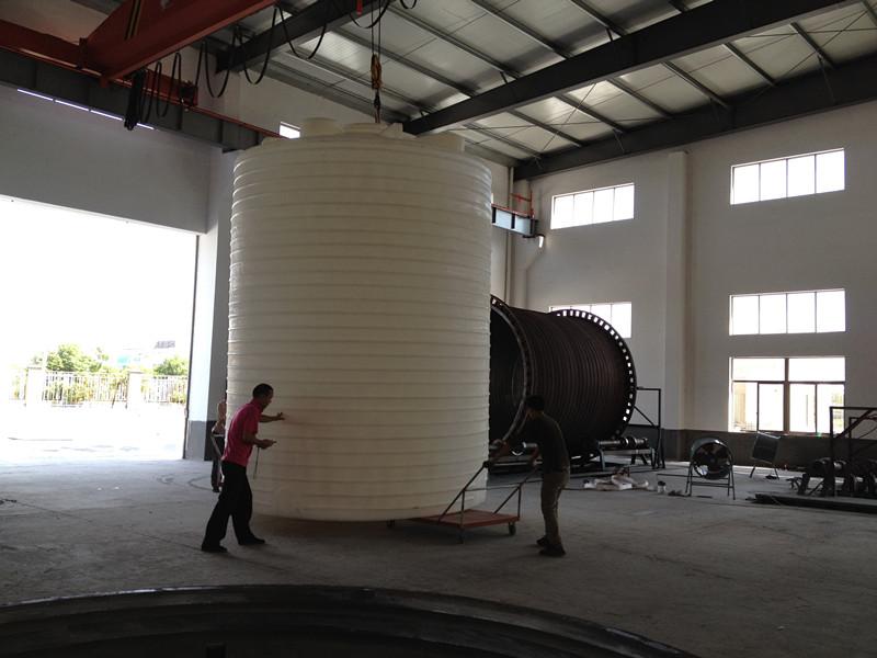 PE桶,中水回用水箱,屋顶水箱批发价格