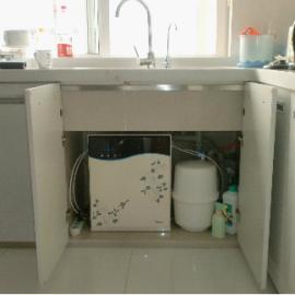 东莞厨房净水器|美的家庭净水器|东莞净水器