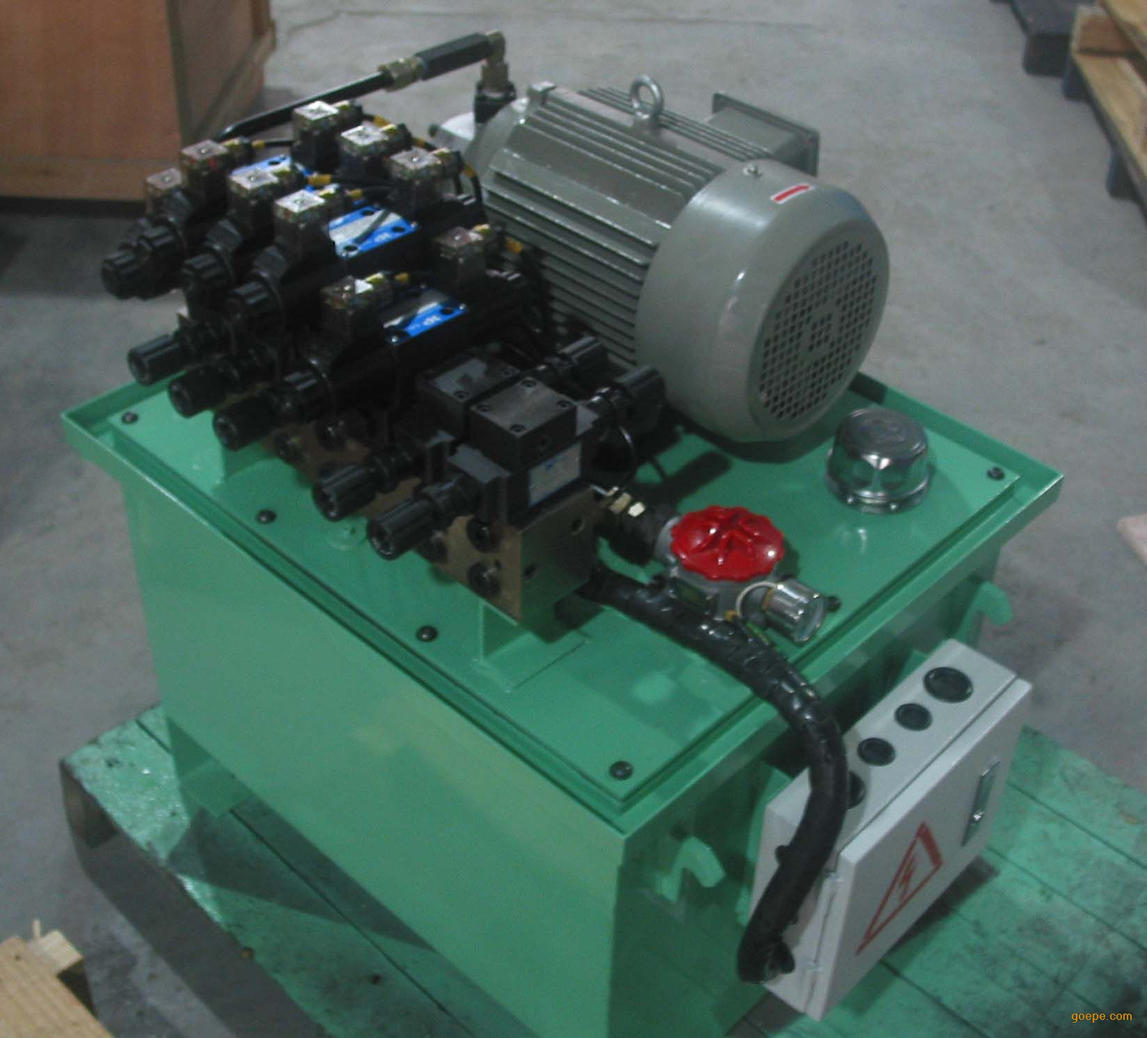 气压机-深圳市力宏鑫液压机械设备有限公司图片