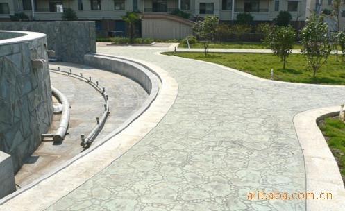 供应山东彩色艺术压花混凝土/青岛彩色压花地坪-免费技术支持