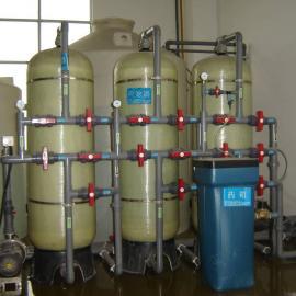 新开游泳池必备的水处理设备及泳池水消毒参考