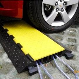 减速带,橡胶减速带,橡胶线槽减速带-广州冠定达公司