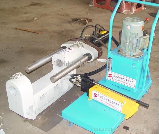 配置灵活:液压源有手动液压泵站和电动液压泵站两种选择,多功能压力机图片