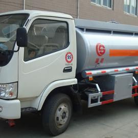 东风劲卡加油车经济适用性的流动加油车
