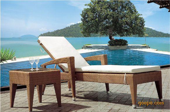供应海边浴场沙滩躺椅 户外沙滩床批发图片