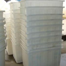 K40L塑料方箱