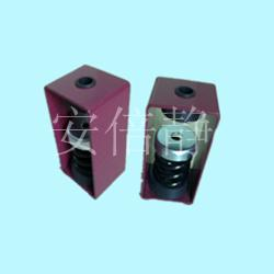 �L�C吊式��簧�p震器