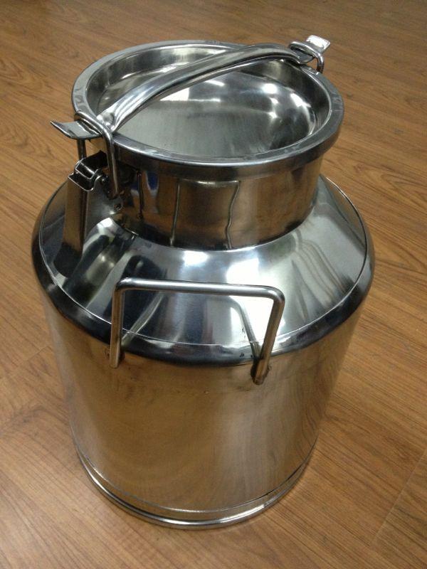 不锈钢密封牛奶罐