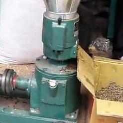 小型鱼饲料颗粒机 广西鱼饲料颗粒机 鱼饲料机