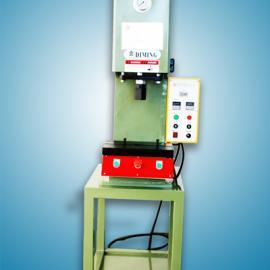苏州小型油压机,油压切边机