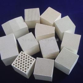 莫来石质陶瓷蓄热体