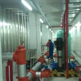 水箱及供水设备