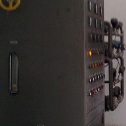 氨气纯化设备、氨干燥装置