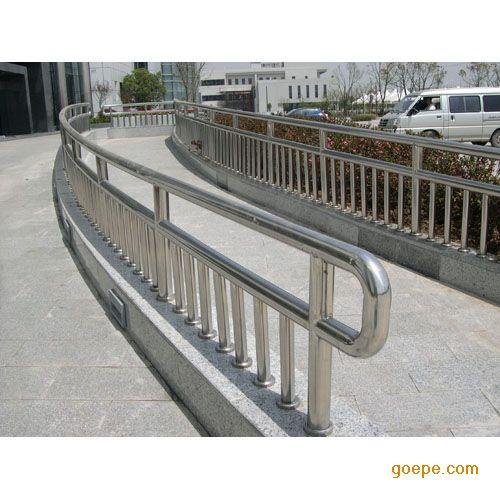 供应烟台不锈钢护栏 楼梯扶手 窗台护栏