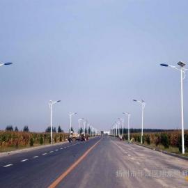 厂家生产6-12米太阳能路灯