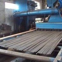 钢板预处理抛丸机 钢板通过式抛钢板移动式抛丸机。