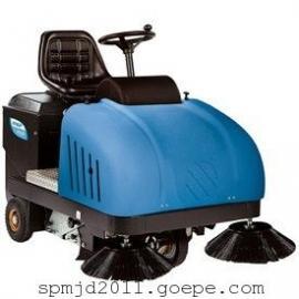靖江最新款驾驶式清扫车,无尘清扫车的产品特点